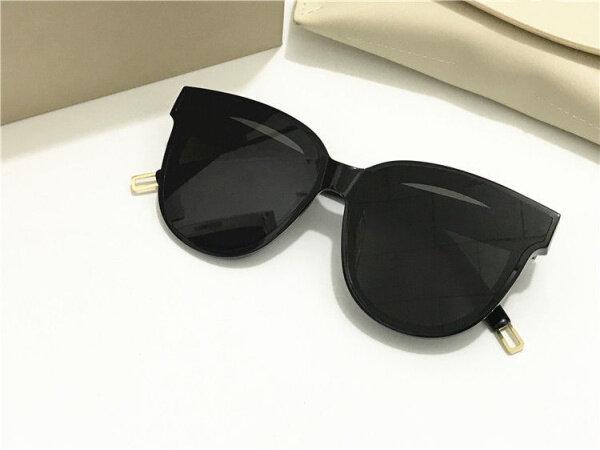 Mua New Gentle man or Women Monster eyeware V brand IN SCARLET sunglasses for GM sunglasses -black frame black lens