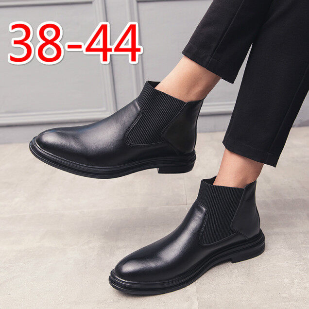 Leather boots men,leather shoes for men,Formal shoes men,kasut kulit,kasut kulit lelaki,Kasut formal,kasut loafer lelaki,皮鞋,Casual leather shoes men,Chelsea boots work Loafers Kasut lelaki Ankle boots dress shoes Booties black Winter boots black giá rẻ