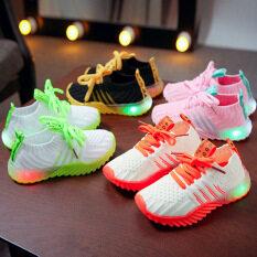 Giày sneaker trẻ em kèm đèn LED với phối màu tươi sáng kích thích trẻ tập đi, nhiều màu sắc và kích thước để lựa chọn.