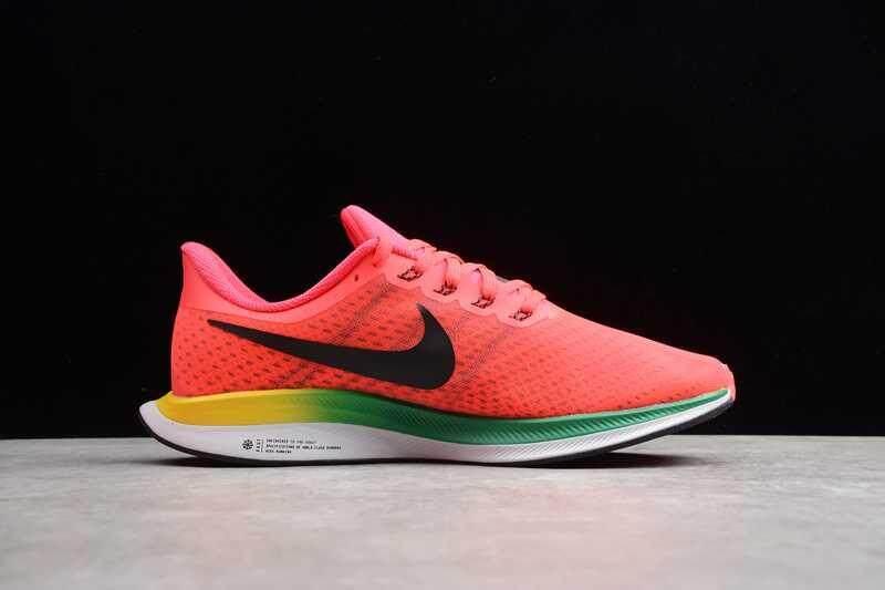 Kualitas terbaik Original_Nike_Zoom Pegasus 35 Turbo pria sepatu lari bernapas sepatu olahraga kasual Sneakers merah / hitam / hijau BV6104-600