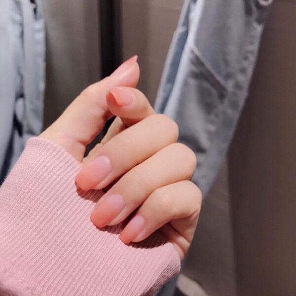 24 Cái Phụ Nữ Màu Tinh Khiết Thời Trang Nail Cô Gái Ngọt Ngào Hồng Frosted Matte Wearable Móng Tay Giả Đầu Vuông Nail Art Mẹo cao cấp