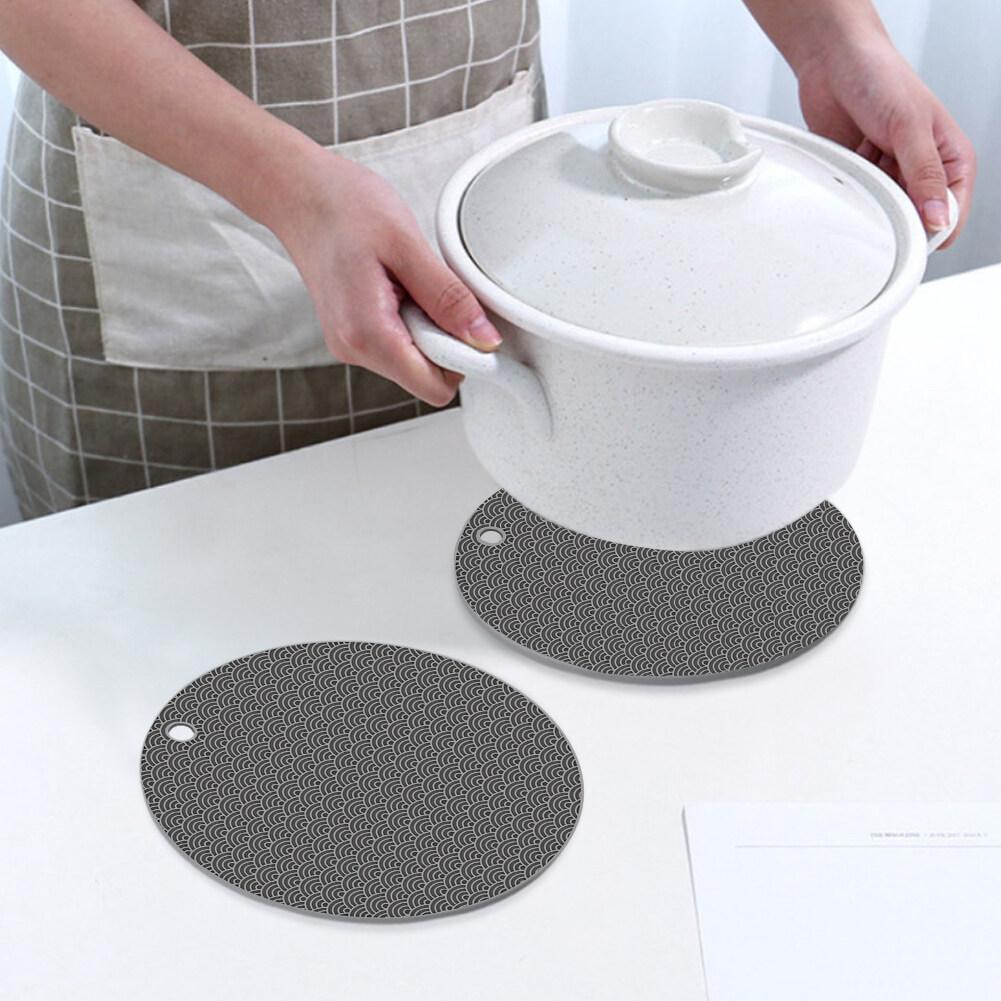 4 Cái Đồ Trang Trí Bàn Chống Trượt Bảo Vệ Lỗ Treo Nhà Bếp Chịu Nhiệt Phụ Kiện Dày Đa Năng Cho Món Ăn Nóng Silicone Nồi Chủ Sở Hữu