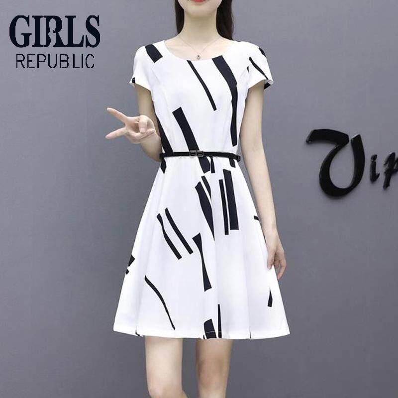 Gadis Republik Versi Korea Musim Panas Wanita Sederhana Versi Korea dari Leher Bulat Ramping Putih Lengan
