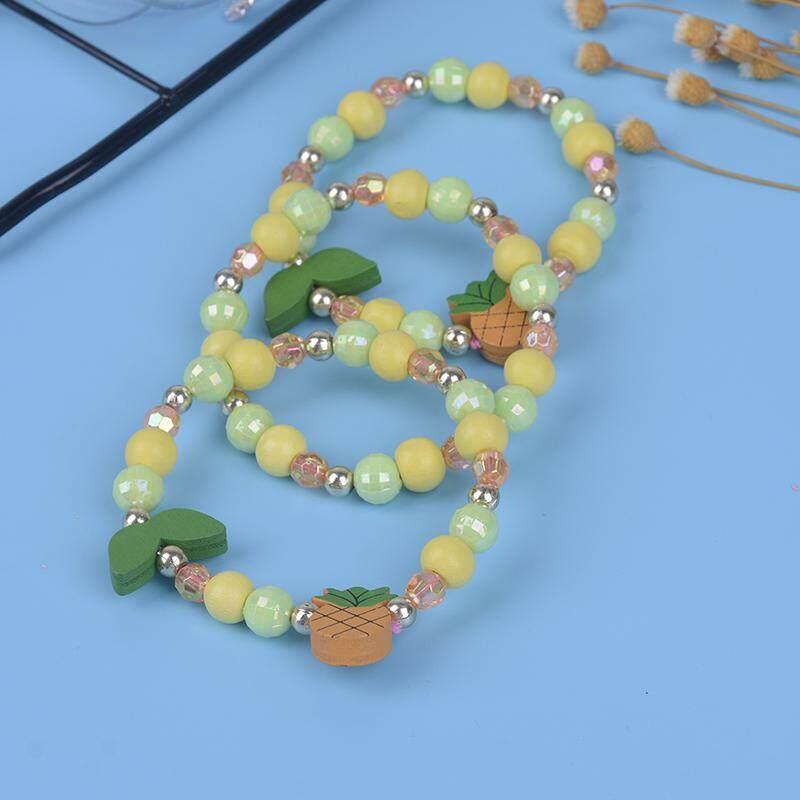 Giá bán 3 chiếc Hoạt Hình dứa gỗ hạt bé gái Bộ trang sức trẻ em trẻ Vòng Tay Hoa Trung Tâm Thương Mại
