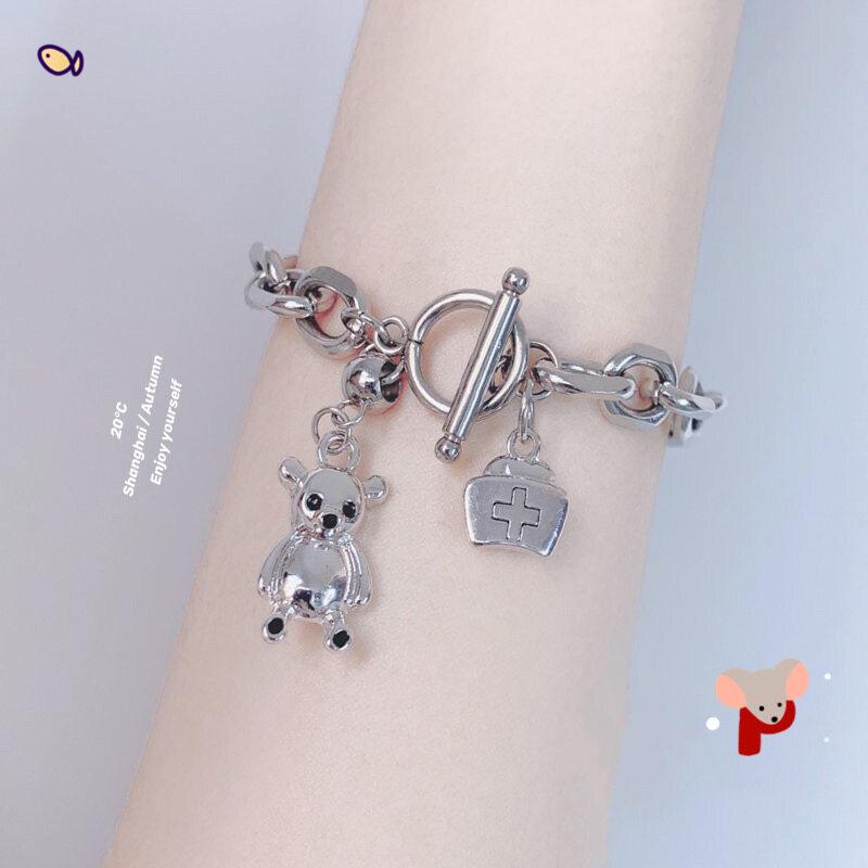 Hip-hop Phong Cách Titanium Bear Bracelet Cool Girl Phóng Đại Bracelet Bear Phi Hành Gia Rabbit Pendant Double Chain Friend Gift